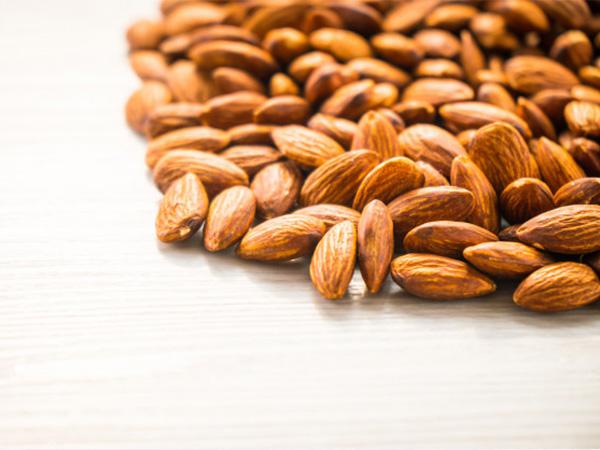 Bulk Almonds for Sale